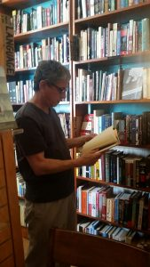 Big Idea book browsing